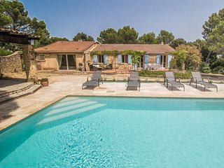 Saint Nazaire Gard, Villa 9p in nice surrounding with private pool, Saint-Nazaire