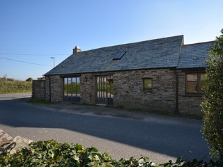 45653 Barn in Tintagel, Trebarwith Strand