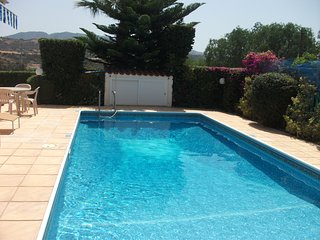 3 Bed Bungalow, Coral Bay , Paphos, Peyia