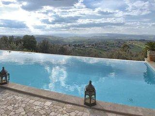 VILLA LA PERLA, Calvi dell'Umbria
