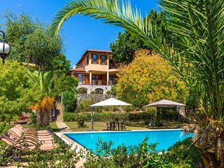 MARMARIS HOLIDAY VILLAS NO:1