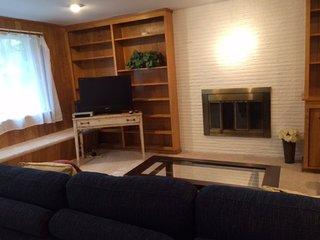 Furnished 3-Bedroom Duplex at 8th Ave NE & NE 180th St Shoreline
