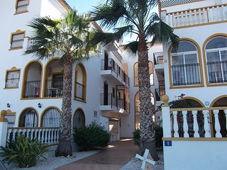 La Zenia 2 Bed with Roof Solarium (R1)