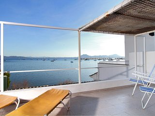 Studio + private seafront top terrace on the Pine Walk