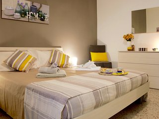 Smart Apartment In The Heart Of Palermo, Modern, Silent And Comfortable