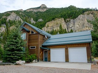 Eagle River Lodge, Gallatin Gateway