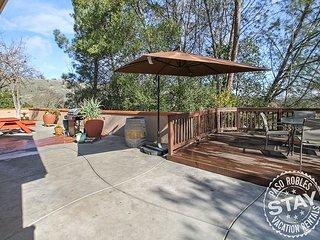 Woodland Patio Privacy in Heart of Paso Robles!
