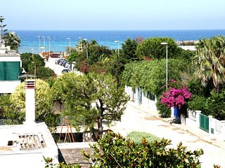 """Panorama"" Holiday rental South italy - Puglia - terrace sea view - at 150 m sea, Specchiolla"