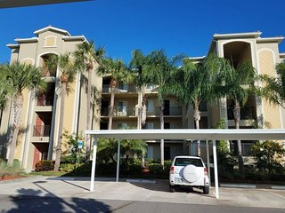 Luxury Top Floor Condo With Golf and River View, Bradenton