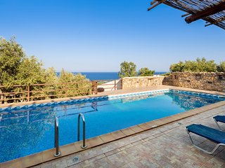 Villa Kimothoe w/Private Pool, only 10 km to famous Elafonissi Beach. Sea views