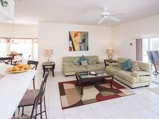 Luxury on a budget - Hamlets at West Haven - Amazing Contemporary 5 Beds 3