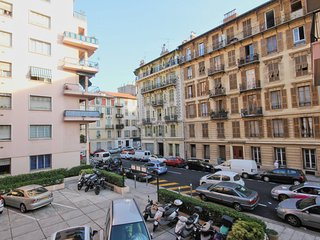 PEARL - large and quiet 1bed in the Port