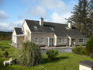 Liston Family bed and breakfast (Bedroom 1), Dingle