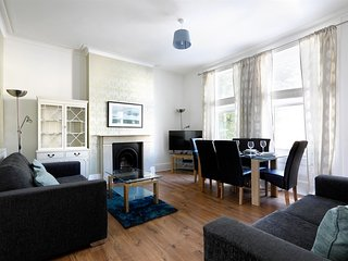 Goldstone Lodges  - Apartment 2, Hove