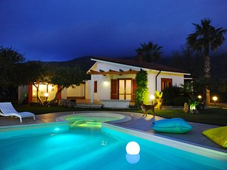 Independent villa with private pool 6/7 beds, Scopello