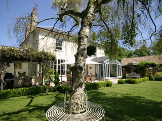 Beechwood House Cambridge - PLEASE CHECK AVAILABILITY WITH OWNER BEFORE BOOKING!