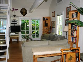 HISTORIC KEY WEST - Turtle House - Sleeps 6 - Weekly Rates for Monthly Stays, Key West