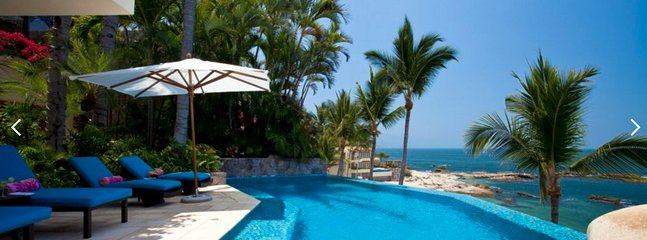 AMAZING BEACHFRONT VILLA AMAPAS NORTH, Puerto Vallarta