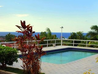Bed in 5-Dorms from 19$ - Togetherness Ocean view & Pool in Montego Bay