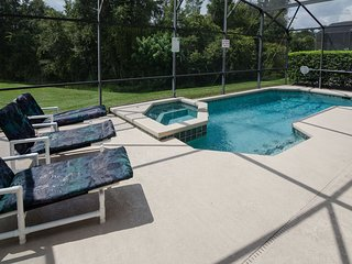 6 Bedroom Home Near Disney. Pool/Spa and Games Room. Pet Friendly. Sleeps 15.