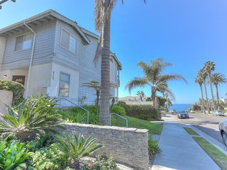 Tiki Townhouse, Ocean Views, Walk to Beach, La Jolla