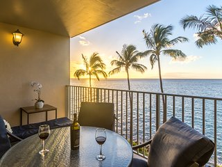★Stylish Home On The Beach★  Epic Sunsets|Heated Pool|Turtles|Royal Mauian 509