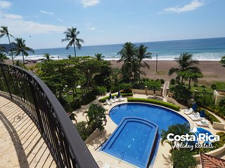 Beachfront Terrace Luxury Acqua Condo A406, Jaco