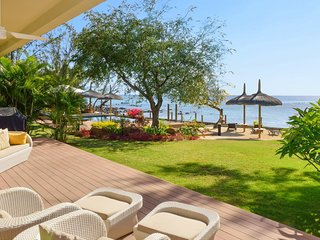 BEHO 4BR Belle Crique Beachfront Suite, Tamarin