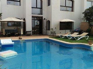 Villa Harhoura Front de Mer avec Piscine