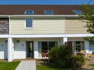 WEST BAY CLUB & SPA TWO BED HOUSE superb on-site facilities in Yarmouth Ref 943764