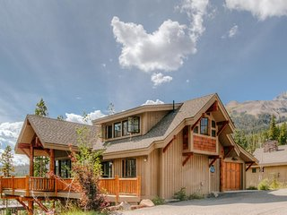 Moonlight Mountain Home | 7 Happy Trails, Big Sky