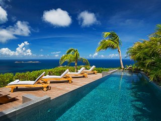 Modern Hilltop St Barts Luxury Villa with Panoramic Ocean Views
