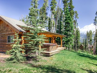 Cowboy Heaven Cabins | 3 Rustic Ridge, Big Sky