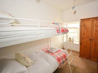 31853 Apartment in Ilfracombe