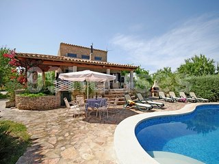 6 bedroom Villa in Mancor de la Vall, Balearic Islands, Spain : ref 5334085