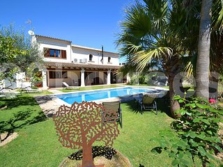 4 bedroom Villa in Vilafranca de Bonany, Balearic Islands, Spain : ref 5334163