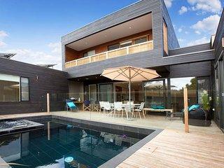 C-Escape - architecturally designed, Blairgowrie