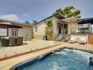 Madeleine Street - renovated & heated spa, Blairgowrie