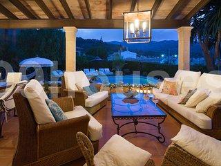 4 bedroom Villa in Mancor de la Vall, Balearic Islands, Spain : ref 5334016