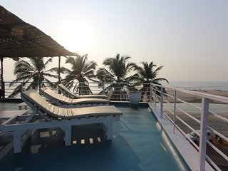 Ultimate Beach Villa!, Ashvem Beach