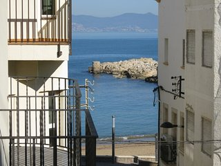 Costabravaforrent Farina 2, up to 6, 50m from beach, L'Escala