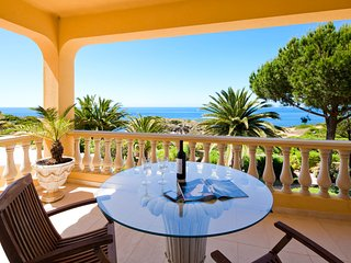 Clube Atlantico 4: Villa with private pool close to the beach!