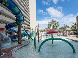 Ocean Reef Resort; KING bed; waterslide; Sleeps 6