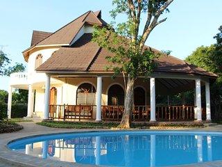 Villa Sawa Sawa - Luxusvilla mit privatem Pool, 250 m entfernt vom Strand