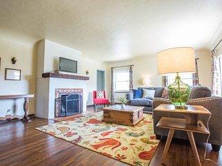 Furnished 5-Bedroom Home at Rosecrans St & Freeman St San Diego