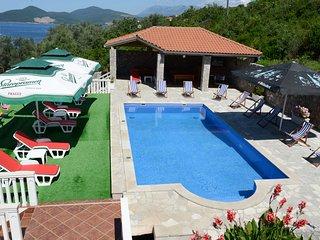 Villa Lazarevic - Studio with sea view, Kotor Municipality