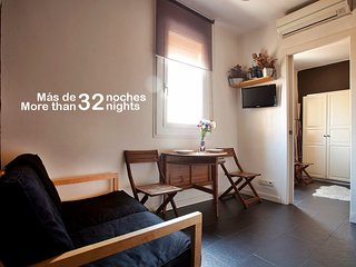 Atlantida Beach Apartment. Barceloneta Area