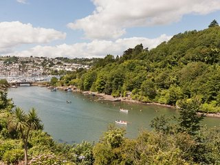 Former coastguard cottage with tidal creek and river dart views, Kingswear