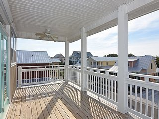 Pinfish - Updated and secluded home, Carolina Beach