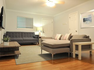 Beautiful 2-Bed South Lamar Oasis!, Austin